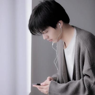 祁宋 ins风格文艺范男生头像 dt逃郁-第10张图片